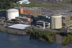Aerial photo of the Gentilly nuclear power plant