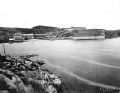 View of the Shawinigan hydroelectric complex and its four generating stations