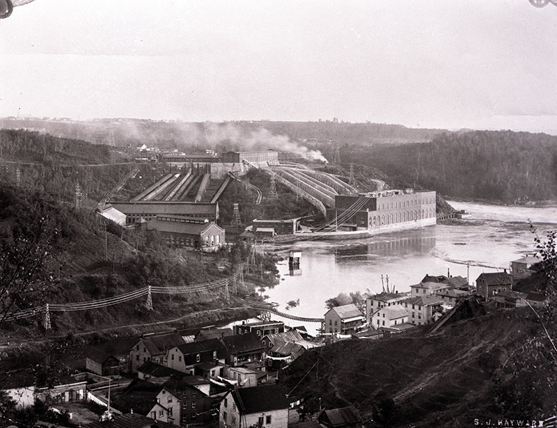 The hydroelectric complex of Shawinigan with workers' housing in the foreground