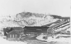 View of the two N.A.C generating stations and the Shawinigan-1 generating station and its penstocks